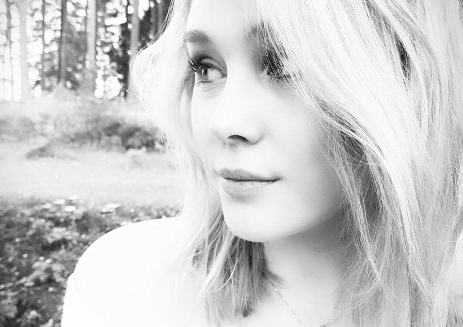 Hjälp Sofia tillbaka till Idol 2017…